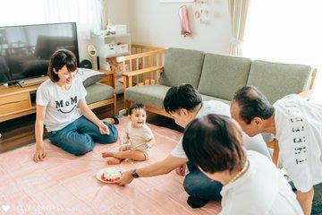 1歳のバースデー   家族写真(ファミリーフォト)