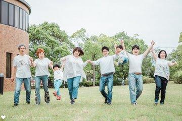 みんなでシャボン玉 | 家族写真(ファミリーフォト)