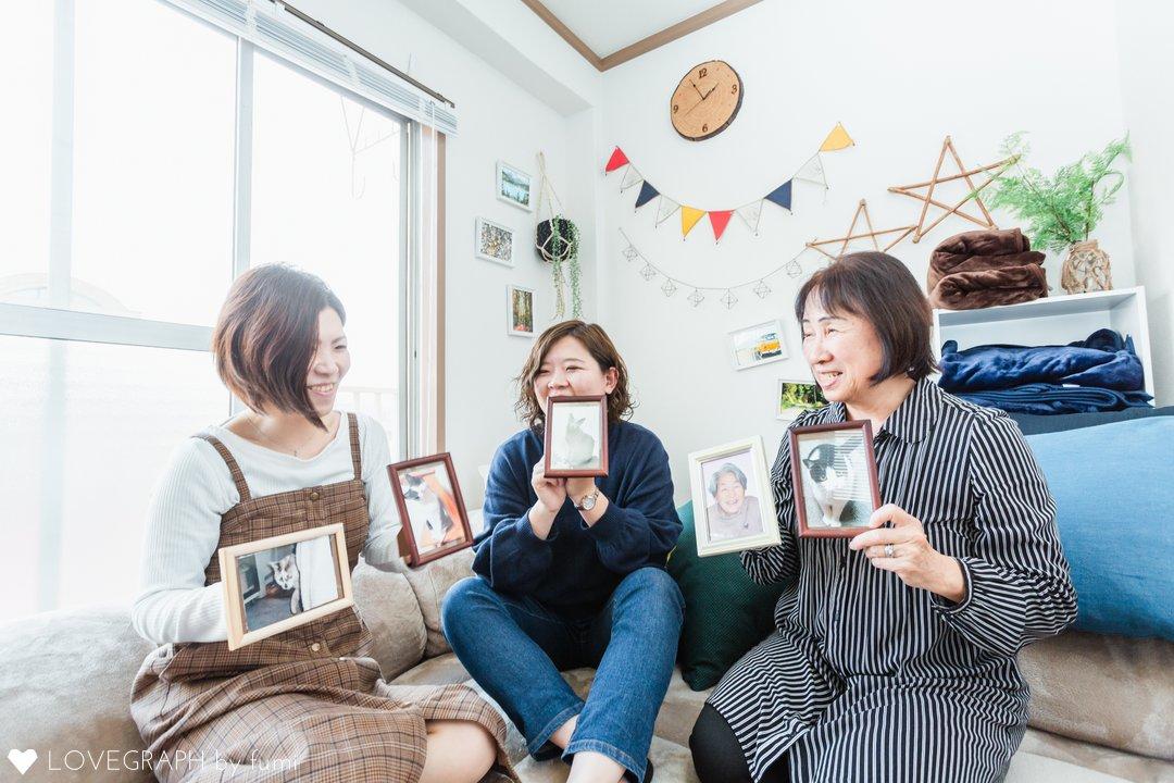 Grandma with us   家族写真(ファミリーフォト)